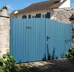 Brána z profilových dosiek, odtieň riviera blue