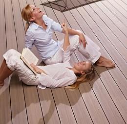 Relaxujte a užívajte si pohodu na našich terasách